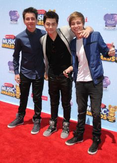 Before You Exit -- Most Stylish Celebs at the 2014 Radio Disney Music Awards | Twist