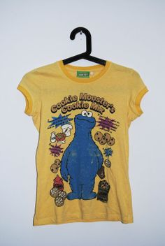 Funny Yellow Cookie Minster T-shirt/ Sesame Street