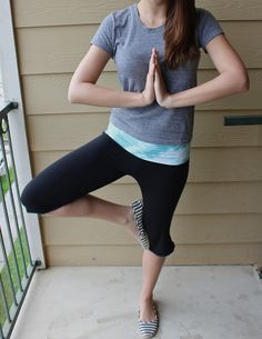 diy yoga pants...she swears they are easier to make than you would think.  I'd love to make my own leggings by tweaking this tutorial... #SweetVerbena