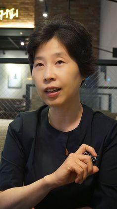 """한국일보 : 인물 : """"통념 너머 새로운 생각을 던져줄 책방 만들겠다"""""""
