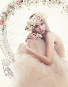 beautiful flower crown...via Blue Dreams revisited