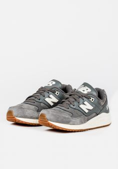 NEW BALANCE (530 REDWOOD) W - GREY/CREAM | NEW BALANCE | Loaded