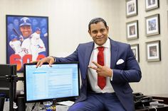 Sammy Sosa loves the internet and poses with it for our viewing pleasure Sammy Sosa, Major League Baseball Teams, Baseball Players, Ben Brown, Celebrities Exposed, Chicago Cubs, Gq, Cool Photos, Athlete