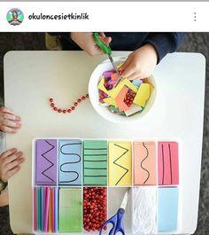 İnternetten beğendiğim etkinlikler İlk zamanlar çocukların makas becerilerini ölçmek için kesme çalışmaları