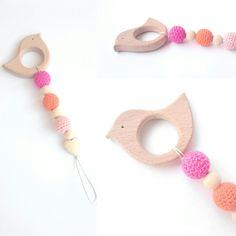 Anneau de dentition bois et attache tétine perles bio : Puériculture par badabloom