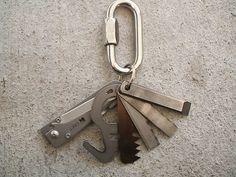 Survival keychain