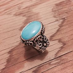 """Sterling Silver & Turquoise Ring Stamped """"925 MA-136"""". Manufacturers ID  This is not a stock photo. The image is of the actual article that is being sold  Size: 10  Sterling silver is an alloy of silver containing 92.5% by mass of silver and 7.5% by mass of other metals, usually copper. The sterling silver standard has a minimum millesimal fineness of 925.  All my jewelry is solid sterling silver. I do not plate.   Hand crafted in Taxco, Mexico.  Will ship within 2 days of order. Jewelry…"""