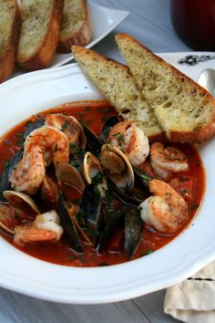 This is the most soul warming, comforting and overall impressive meal I can make for others. Year around it just makes your soul and belly happy. Cioppino is a staple in San Francisco, you can find it everywhere and in a lot of seafood restaurants, if it's not on the menu, you can ask for …