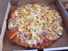 Ham and Pineapple Pizza,  pizza,  delivered to hotel, Santa Lucia Pizza Winnipeg 4 St Mary's Roa