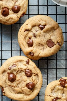 Easy Soft Chewy Chocolate Chip Cookies | http://cafedelites.com