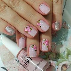 É muito mimo #unhas #unhas #unhasdecoradas #mimosas #rosinhas #risquedasemana #condessa #luxo #feitoapincel #desenhos #naoeadesivos #arte #nailsoftheday #nail Crazy Nails, Love Nails, Stylish Nails, Trendy Nails, Do It Yourself Nails, Stamping Nail Art, Cute Nail Art, Diy Nails, Nails Inspiration