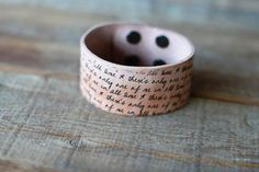 DIY Quote Jewelry | Leather cuff with ink quotes DIY