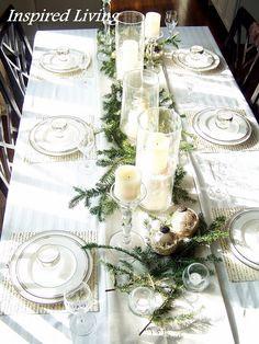 White & Silver Christmas Tablescape