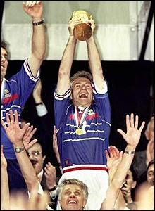 France Captain Didier Deschamps lifts the 1998 World Cup .... Get your FREE DOWNLOAD of the SportsQuest app at www.sportsquestapp.com @SportsQuestApp
