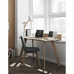 Un bureau design en bois, Pop up Home Altar, Loft, Home Office Furniture, Pop Up, Office Desk, Corner Desk, Storage, Home Decor, Plads
