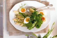 http://zena.sme.sk/c/7723189/sparglovy-salat-s-vajickom-a-spenatom.html