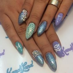 nail art: fish nails little mermaid