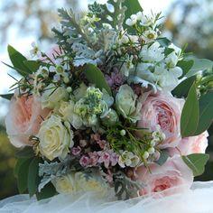"""Svatební+romantická+kytice+Svatební+kytice+z+čerstvých+růží+""""David+Austin"""",+z+keříkových+růží,+Mathiolly,+Bouvardie...+Pouze+na+objednání+do+14+dnů+Osobní+odběr+V+tomto+stylu+možno+vytvořit+celou+svatbu+kód+937"""