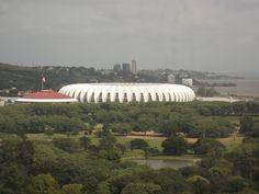 Sábado de visita técnica em diversos parques e praças de Porto Alegre! Aqui o Parque Marinha do Brasil e ao fundo o melhor estádio de futebol do mundo BEIRA-RIO!!! Minha paixão, INTER!!!