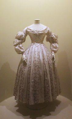 Платье 1830-х гг.