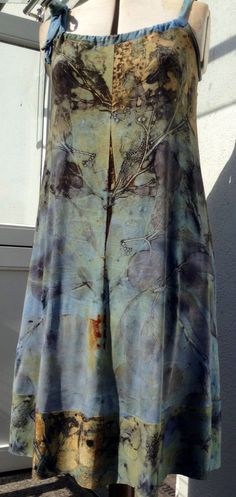 Pia Best-Reininghaus Upcycled overdyed denim dress #upcycled #tiedye