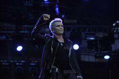 Billy Idol a sustinut un concert de exceptie in Piata Unirii din Cluj - Tion Billy Idol, Concert, Concerts