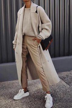 British Style Fashion Flip Collar Long Sleeve Coats Autumn an. British Style Fashion Flip Collar Long Sleeve Coats Autumn and winter fashion street style! Plus size and fashion colorful design c. Mode Outfits, Fashion Outfits, Womens Fashion, Fashion Trends, Fashion Ideas, Fashion Tips, Modest Fashion, Travel Outfits, Fashion Articles