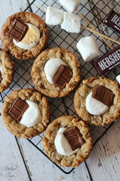 Deep Dish S'more Cookies | Cookies and Cups #realsummerrealflavor