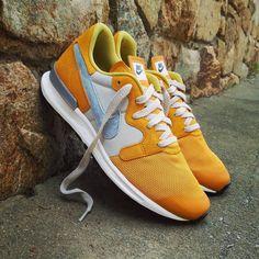 "Nike Air Berwuda Premium ""Gold Leaf Light""  Size Man - Price: 129 (Spain Envíos Gratis a Partir de 75) http://ift.tt/1iZuQ2v  #loversneakers#sneakerheads#sneakers#kicks#zapatillas#kicksonfire#kickstagram#sneakerfreaker#nicekicks#thesneakersbox #snkrfrkr#sneakercollector#shoeporn#igsneskercommunity#sneakernews#solecollector#wdywt#womft#sneakeraddict#kotd#smyfh#hypebeast #nikeair#huaraches #nike"