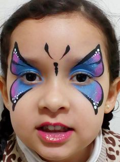 Face Painting Tips, Face Painting Designs, Scarecrow Halloween Makeup, Butterfly Face Paint, Butterfly Costume, Make Up Art, Chalkboard Art, Pretty Makeup, Creative Kids