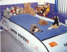 as a kid, i had a spaceship for a bed....buzz lightyear not included :(