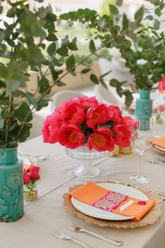 Colorful Beach Wedding in Greece. Have you ever dreamed of a beach wedding in Greece, with a mix of both Indian and Dutch touches? Centerpieces, Table Decorations, Greece Wedding, White Ribbon, Wedding Table, Reception, Indian, Costa, Home Decor