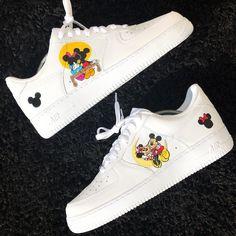 Custom Sneaker by _smcustoms Air Force One Shoes, Nike Shoes Air Force, Custom Painted Shoes, Custom Shoes, Custom Af1, Jordan Shoes Girls, White Nike Shoes, Aesthetic Shoes, Cute Sneakers