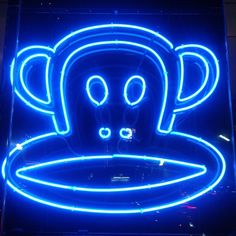 Julius looks great in neon lights! Thanks to @lisa_lisa_74 for this Paul Frank-tastic pic!