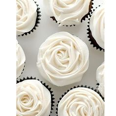 Cute cupcakes this would be good for a weeding