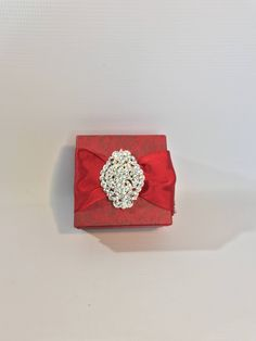 "....  place your #giftcard or gorgeous #bracelet or #earrings in a prewrapped gift box. ""Dramatically Gift Box Christmas Vintage Jewelry Gift Box Red Rhinestone Brooch Gold  Favors Gift Card box  Jewelry  Gift Cards MDay Christmas Bridesmaids by WrapsodyandInk on Etsy"
