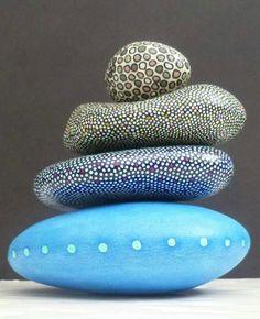 piedras decoradas - Piel de serpiente
