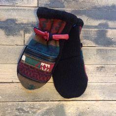 Textura Vintage Textile Mittens - Bella Funk Boutique