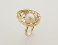 Contemporary Jewellery Design up Contemporary Jewellery