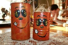 DIY recycled tin can crafts. This recycled tin can pumpkin craft is so easy to make with tin cans, some paint, and the free template for the face. Holidays Halloween, Halloween Crafts, Holiday Crafts, Easy Fall Crafts, Halloween Jack, Deco Haloween, Halloween Treat Holders, Pumpkin Crafts, Pumpkin Ideas