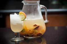 White Summer Sangria by ourlifeinthekitchen #Sangria #ourlifeinthekitchen