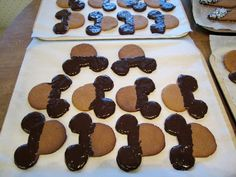 Mikki-pipareita Mickey Gingerbread