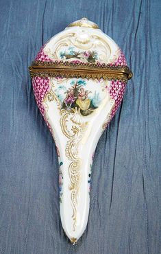 Antique Needlework Tools and Sewing: 18 German Porcelain Scissors Case with Gilt Mounts