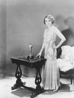 Oscars 1930 - Mary Pickford collected her Oscar at the second Annual Academy Awards for her role in Coquette, her first talking picture role.