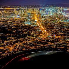 #SanFrancisco at #Night... #TwinPeaks #California by fuerg