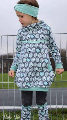 Fantastic Pic sewing dresses for kids Suggestions Kat ♥ Stirnband Freebook 40 - 60 cm Toddler Fashion, Toddler Outfits, Kids Fashion, Girl Outfits, Sewing For Kids, Baby Sewing, Designer Baby Clothes, Baby Fashionista, Kids Patterns
