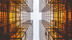 General 3840x2160 architecture modern building skyscraper glass window urban reflection symmetry worm's eye view square