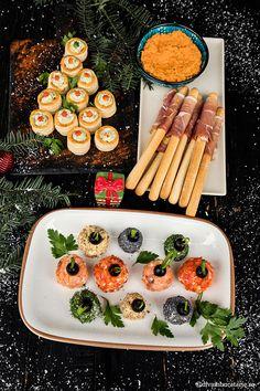 GLOBULETE APERITIV PENTRU CRACIUN | Diva in bucatarie Panna Cotta, Ethnic Recipes, Food, Appetizers, Restaurants, Dulce De Leche, Essen, Meals, Yemek