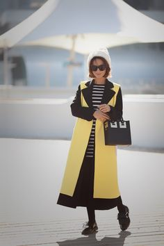 colorblock coat, fall outfits, autumn outfit ideas, sophie hulme bag,