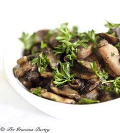 Clean Eating Sautéed Garlic Mushrooms